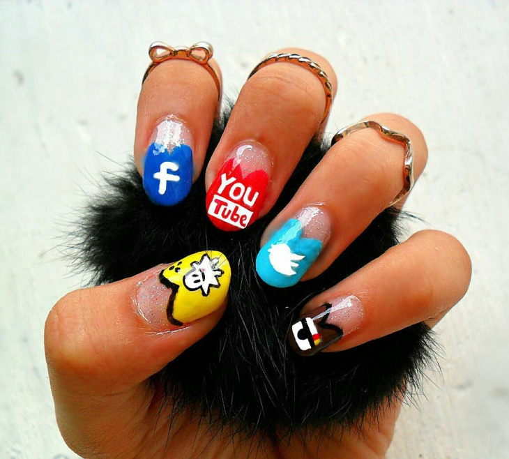 heart shaped social media nails