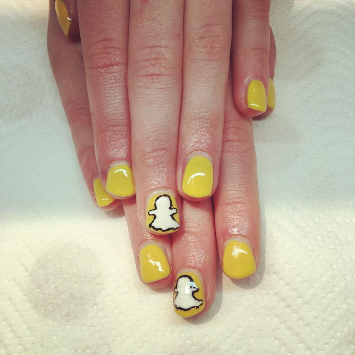 snapchat nail design for short nails