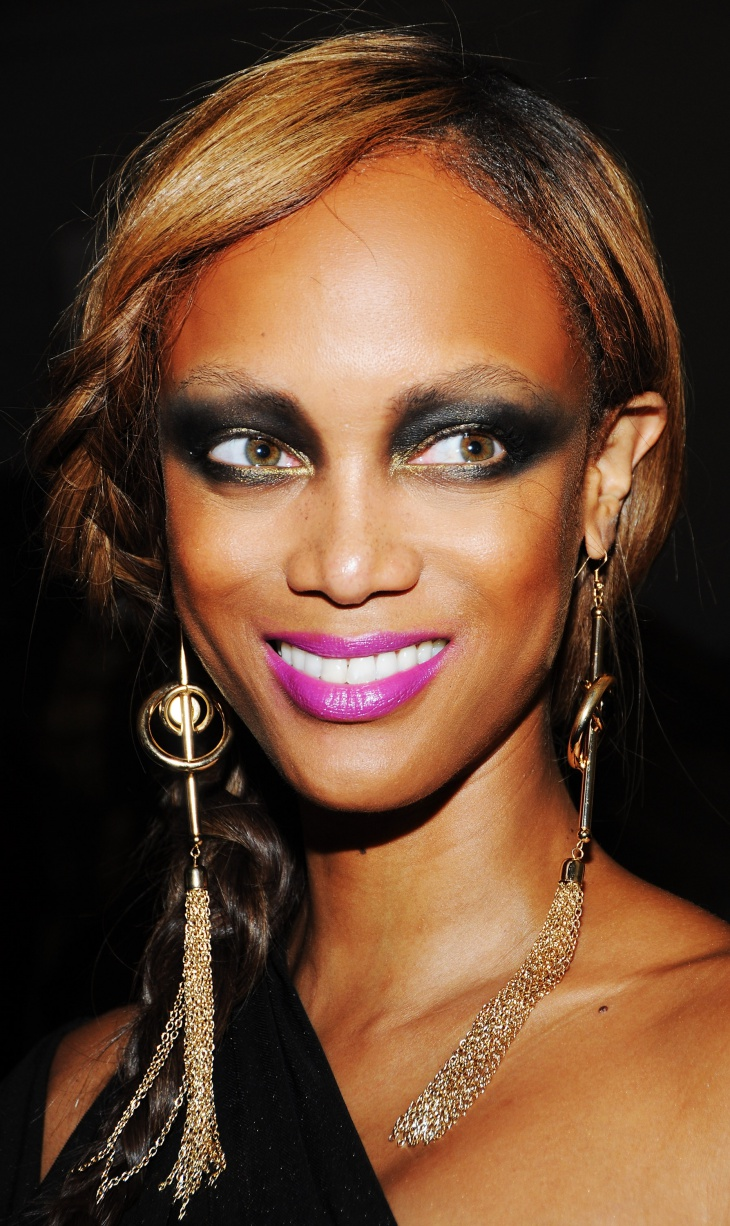 tyra banks crazy eye makeup