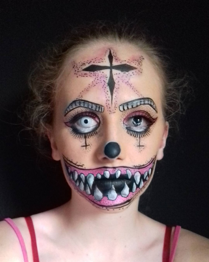 creative makeup design idea