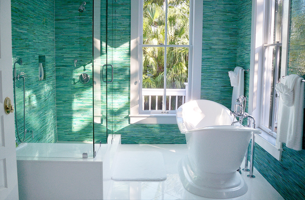 green linear pattern bathroom