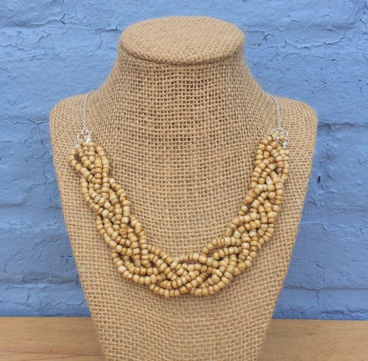 handmade wooden necklace idea