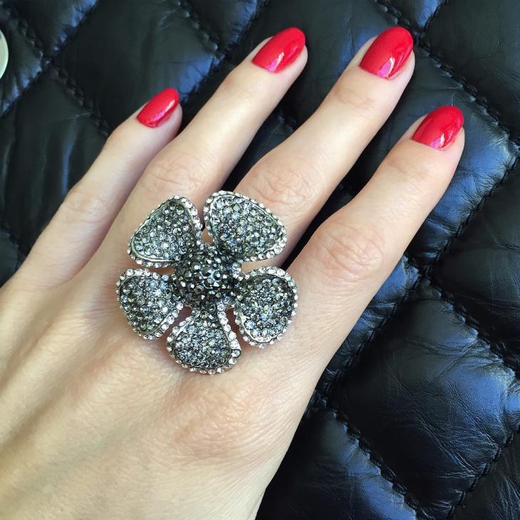 Statement Flower Ring