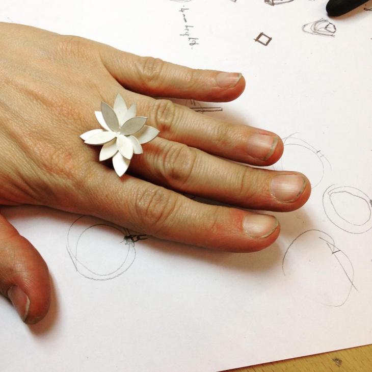 Handmade Flower Shape Ring