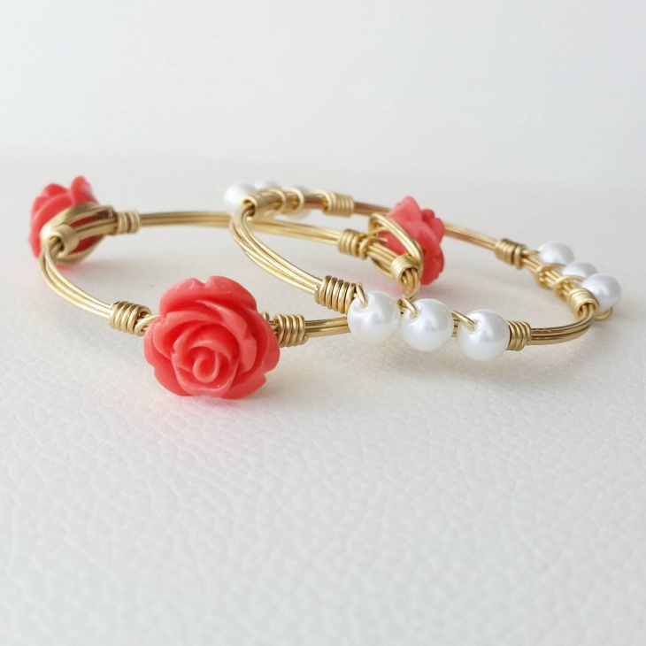 Fashionable Wire Bangles
