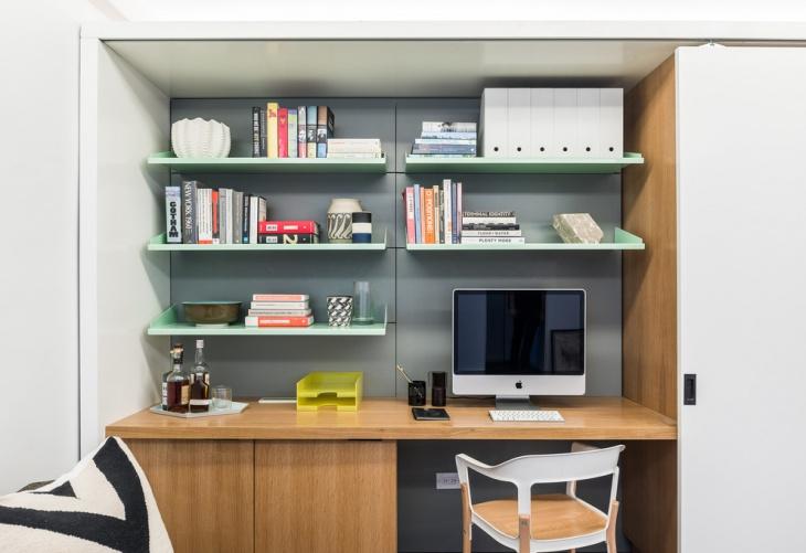 modern tech office table design