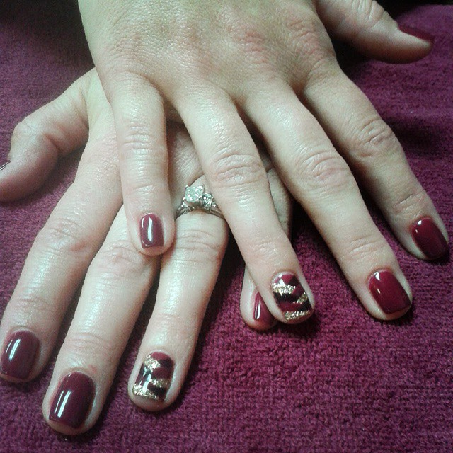 maroon braid nail art for fair skin