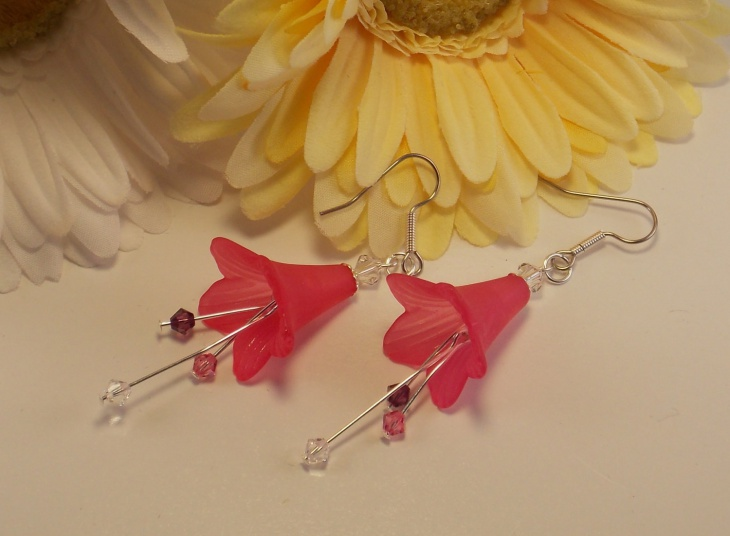Acrylic Flower Earrings Design
