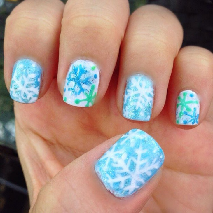 Snow Blue Nail Art