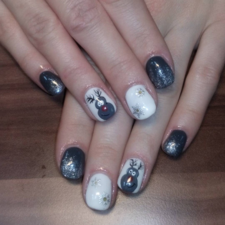 Gray Nail Art Design