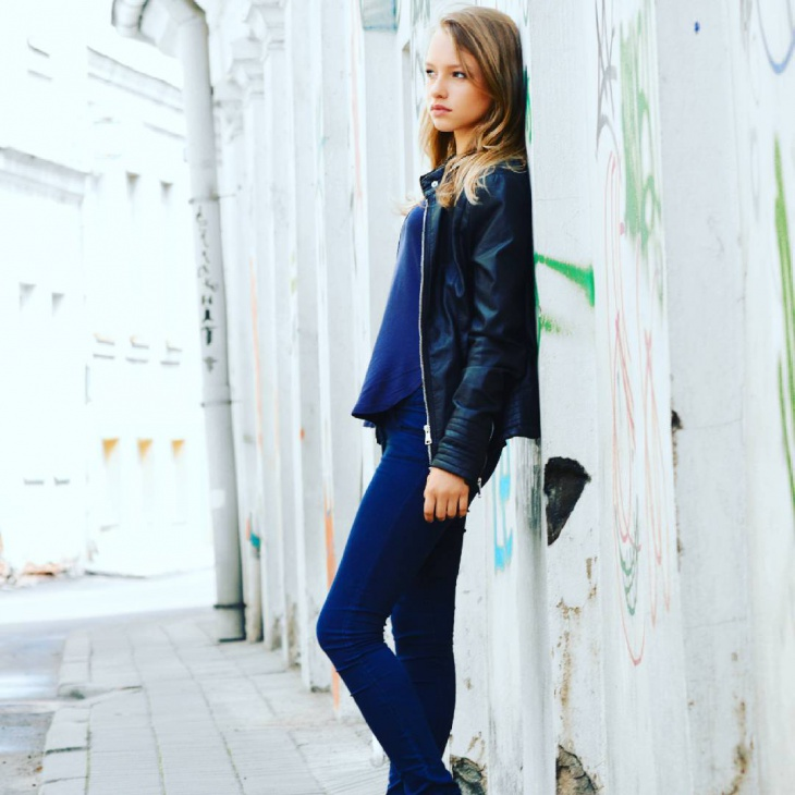 Simple Outfit with Blue Jacket