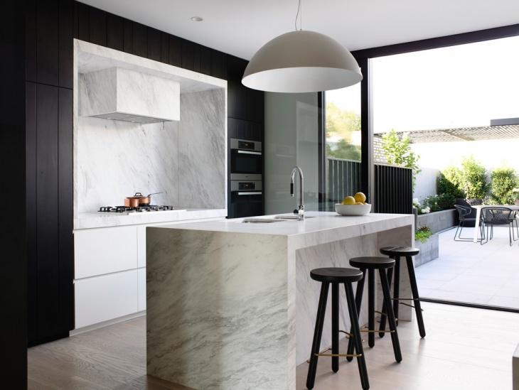 Tiny white and black kitchen idea