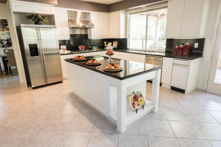 White Kitchen with interior decor