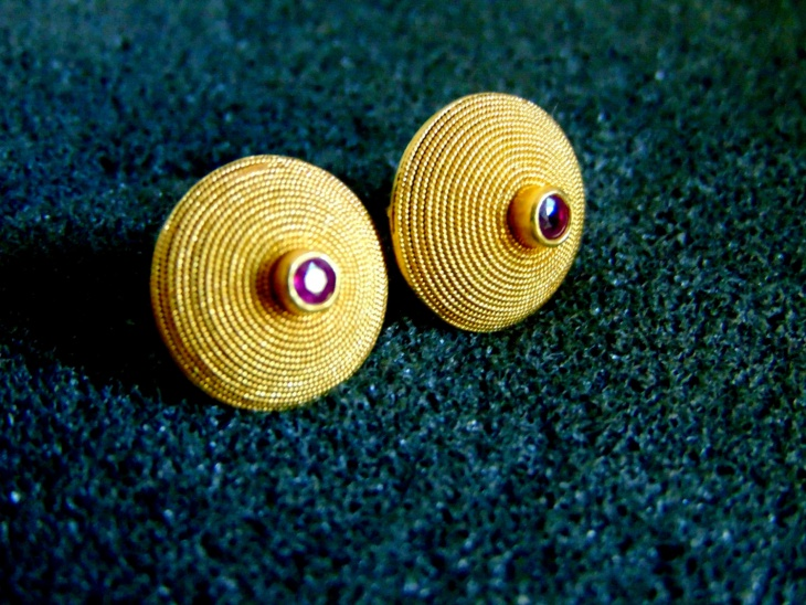unique gold ruby studs for wedding