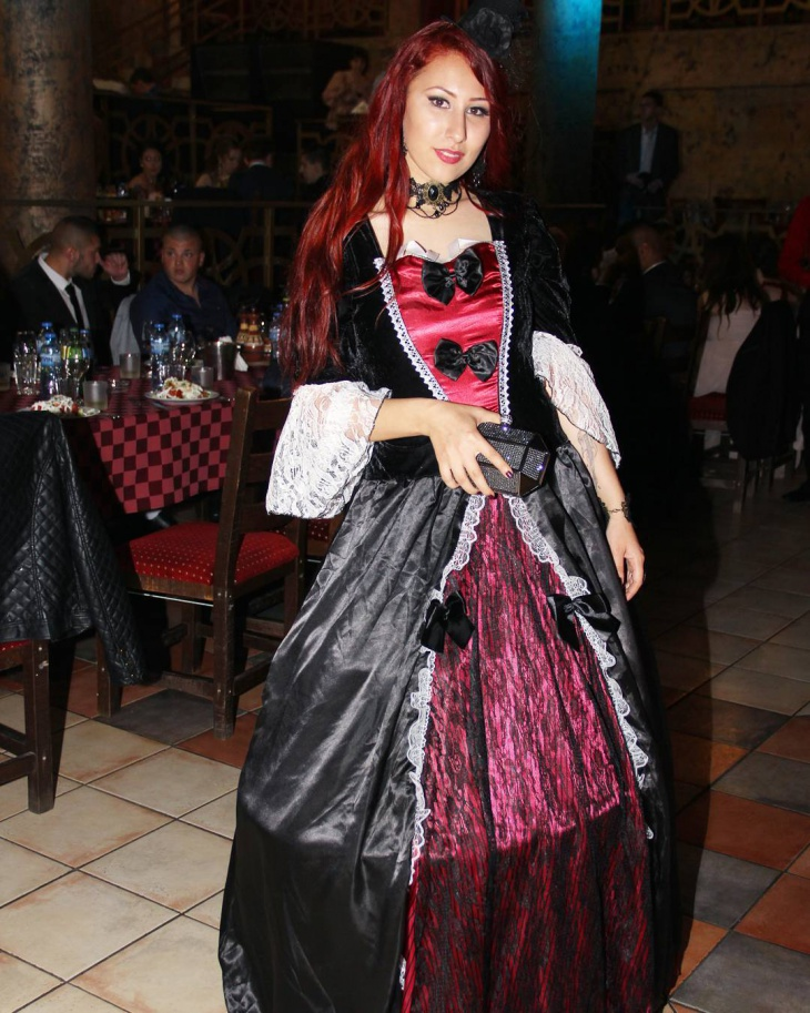 vampire gothic outfits