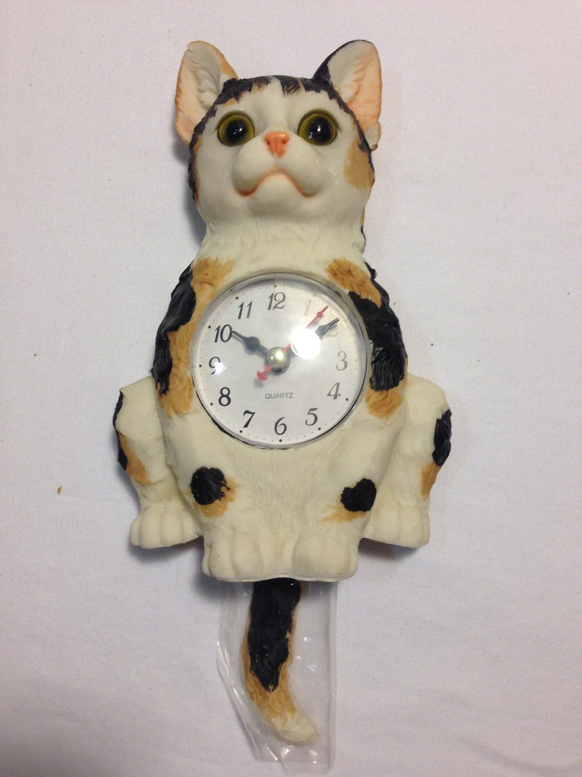 Cute Cat Pendulum Wall Clock