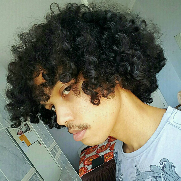 Simple Frizzy Hair for Men