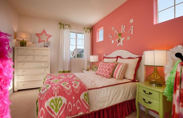 teen pink bedoom