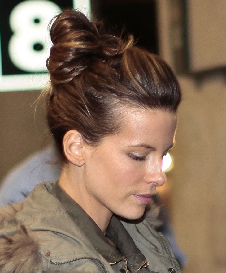 kate beckinsale classy chignon hairstyle