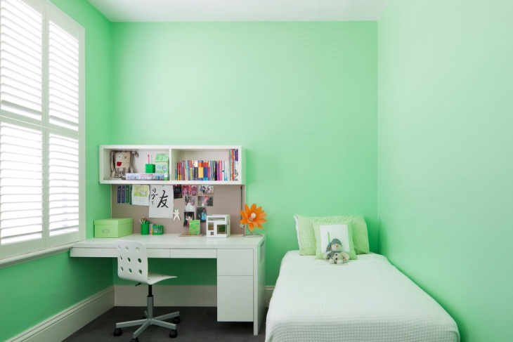 Light Green kids bedroom idea