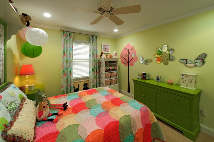 Kids bed with Light Green wall decor