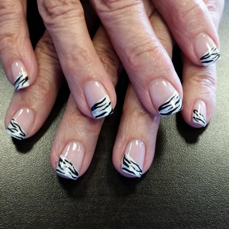 Zebra Pattern Nail Art