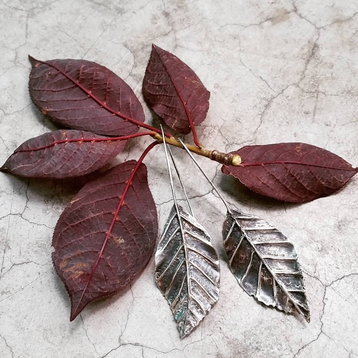 Leaf Shape Earrings Design