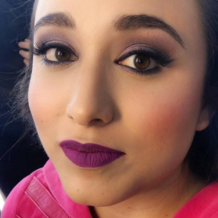 Cool Glitter Eye Makeup