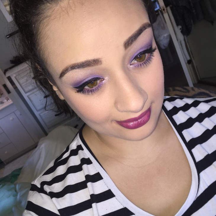 Awesome Purple Makeup for Women