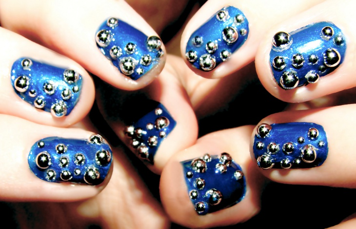 Galaxy Blue Bubble Nail Art