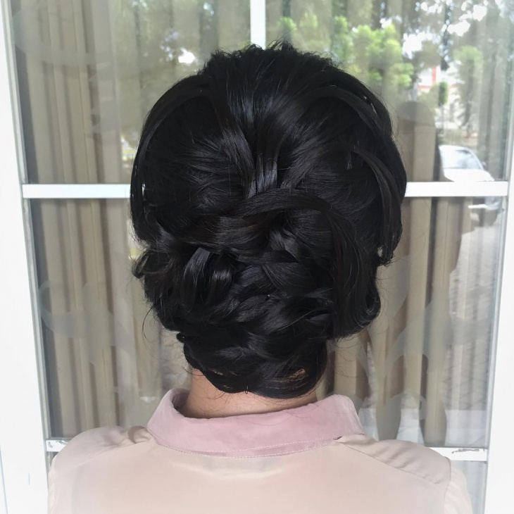 Pretty Bouffant Hairdo Idea