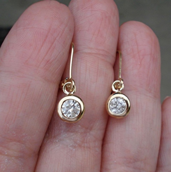 lever back diamond solitaire earrings