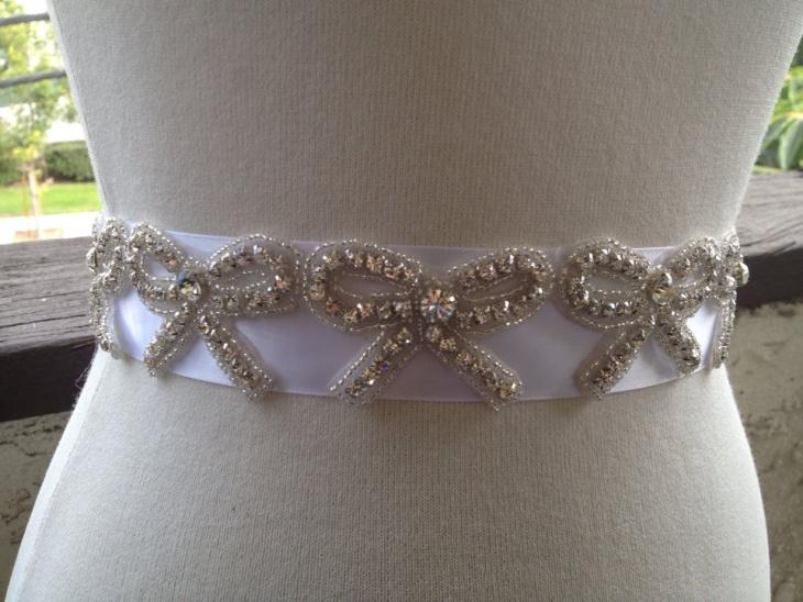 beaded bow belt