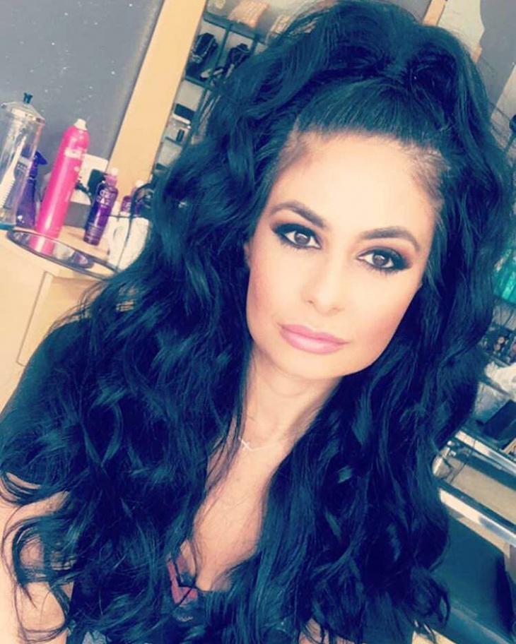 long black haif ponytail
