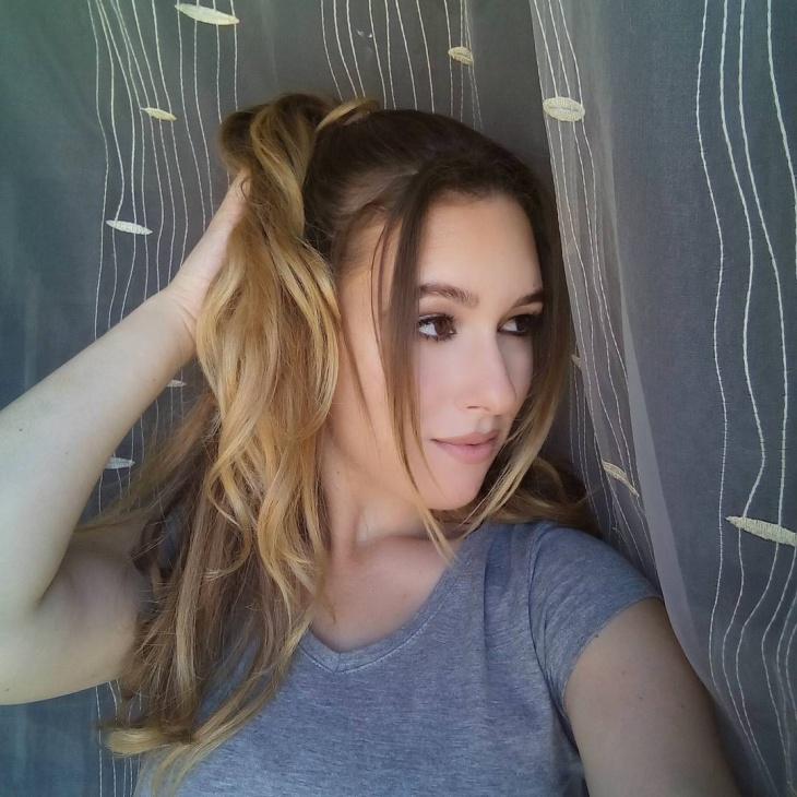 half ponytail with bangs
