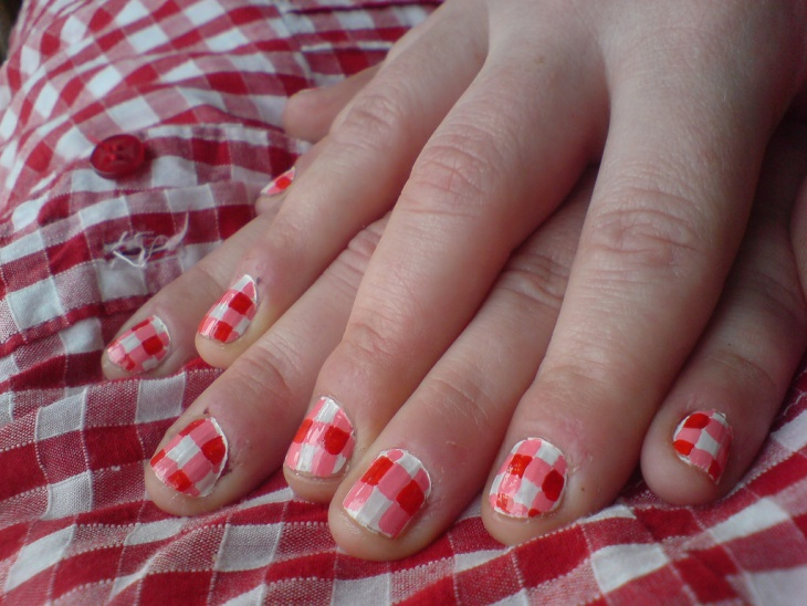 Red Gingham Nail Design