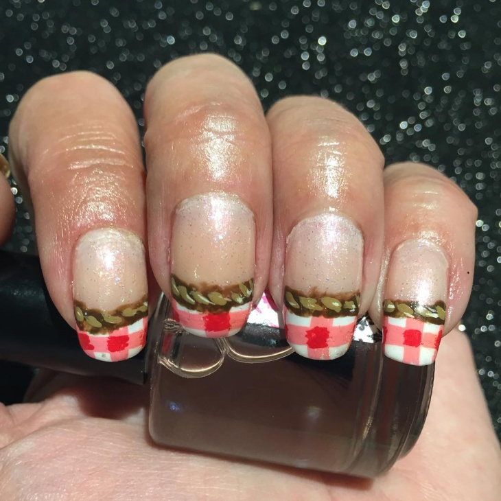 Gingham Tip Nail Design Idea