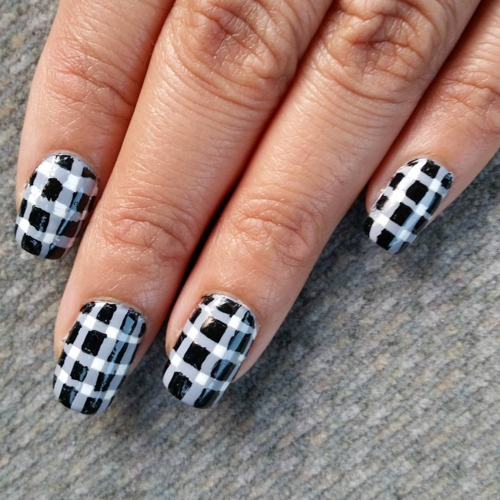 Plaid Nail Art Idea