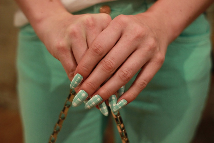 Green Color Gingham Nail Design