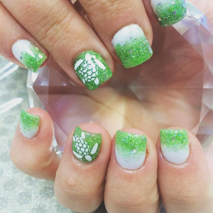 sea turtle nail design