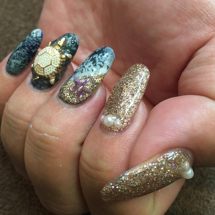 Glitter Gold Long Nails