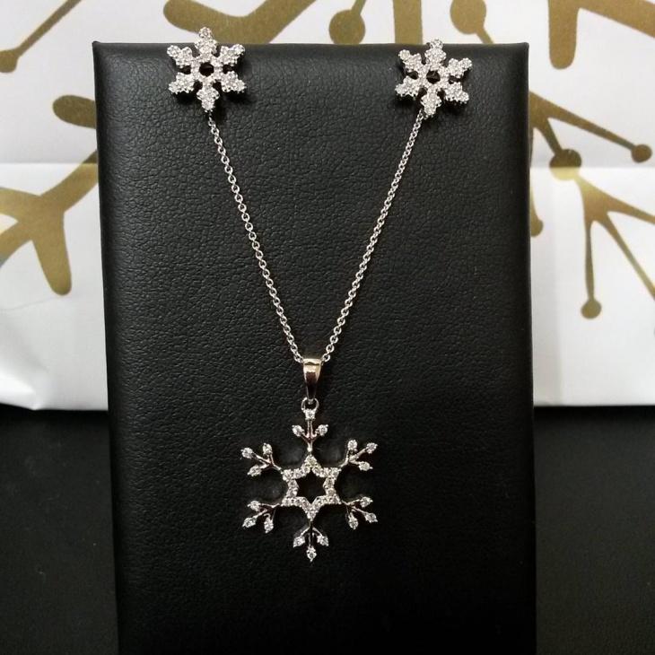 Awesome Diamond Snowflake Jewelry