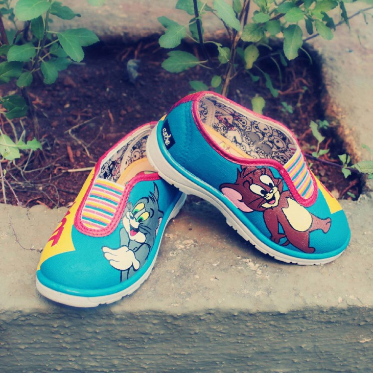 Tom and Jerry Inspired Shoes Design