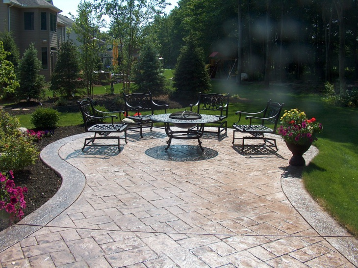 Stamped Patio with Round Table