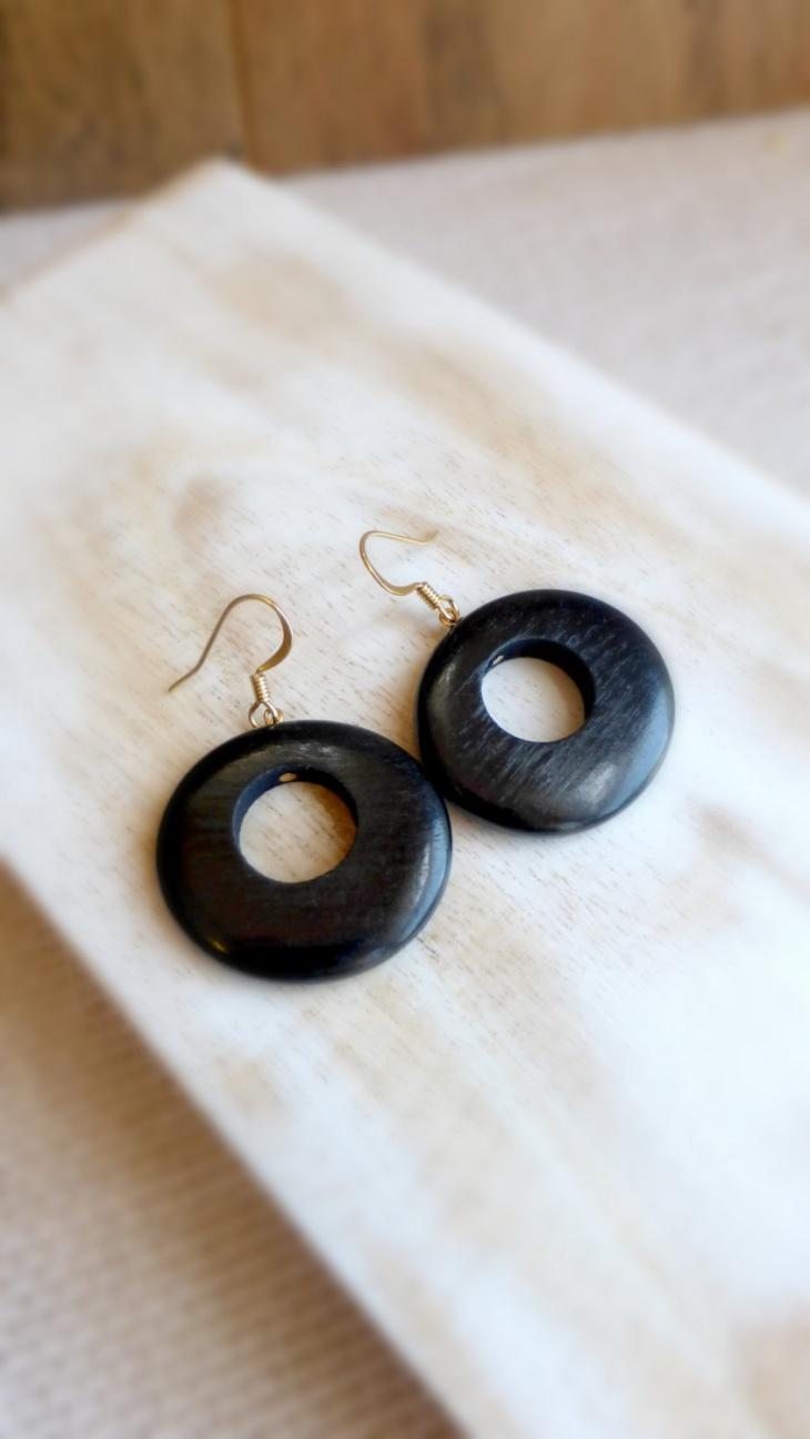 Small Hoop Earrings Idea