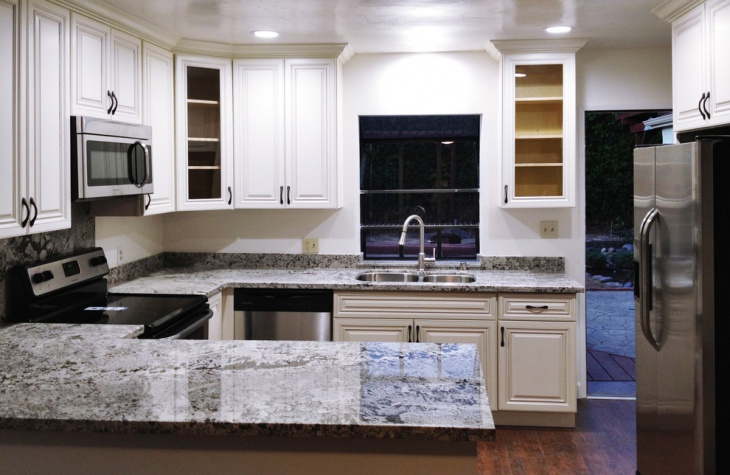 Antique White Kitchen Cabinets Idea