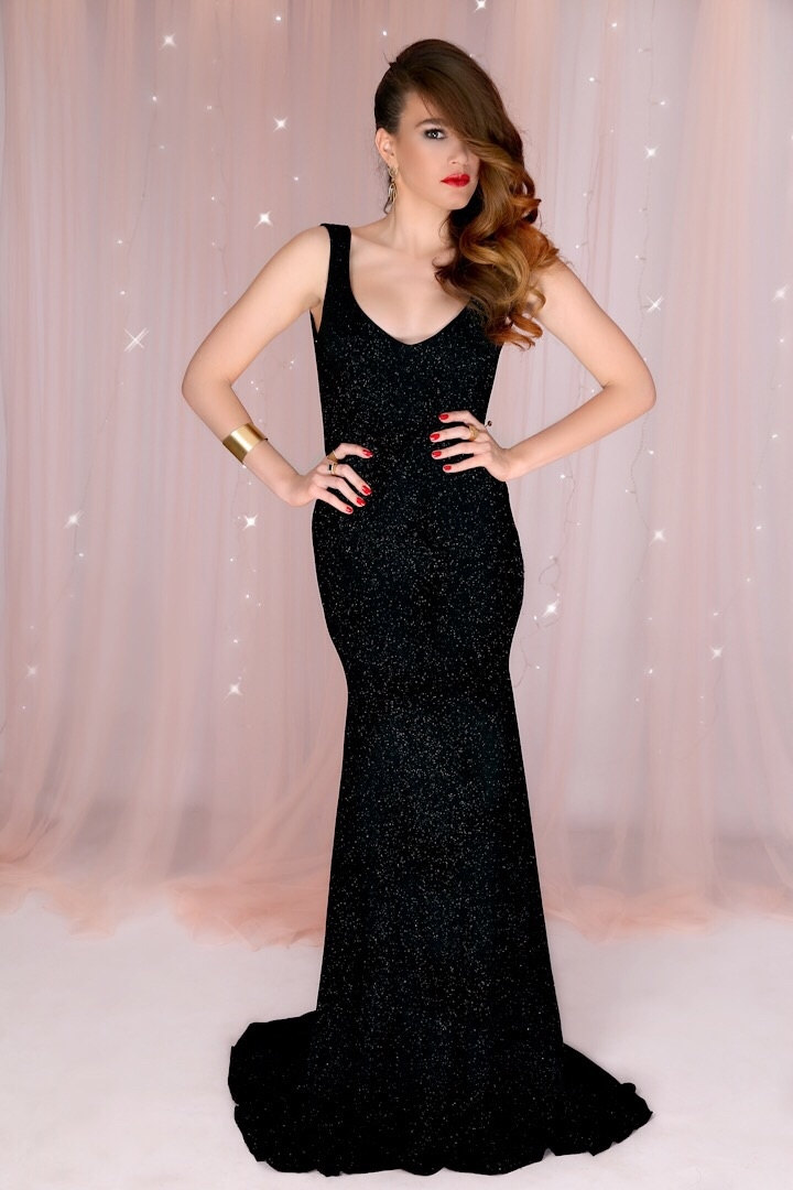 black mermaid gown idea