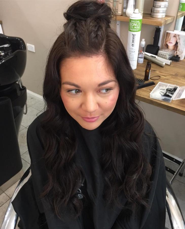 Beautiful Top Knot Wavy Hair