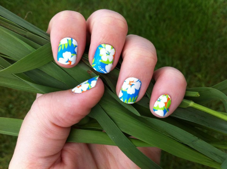 Tropical Hibiscus Nail Art