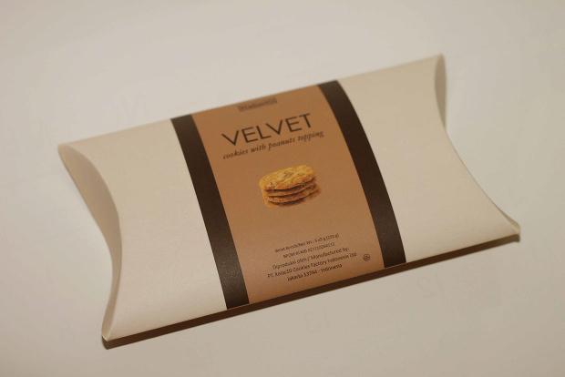 VELVET Cookies Packaging